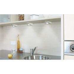 Luz cocinas,01 sobre encimera,02 bajo modulo,03 superior,04 integrado en módulo,05 baldas